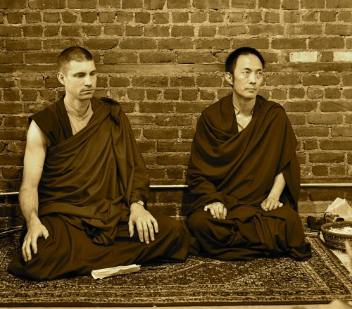 4 Things You Should Know If Want To Be A Buddhist Monk